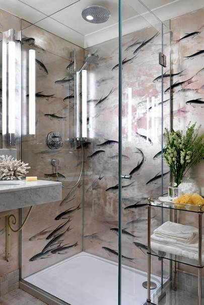 Small Bathroom with de Gournay Wallpaper