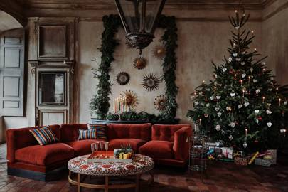 how to decorate a christmas tree like a house garden editor