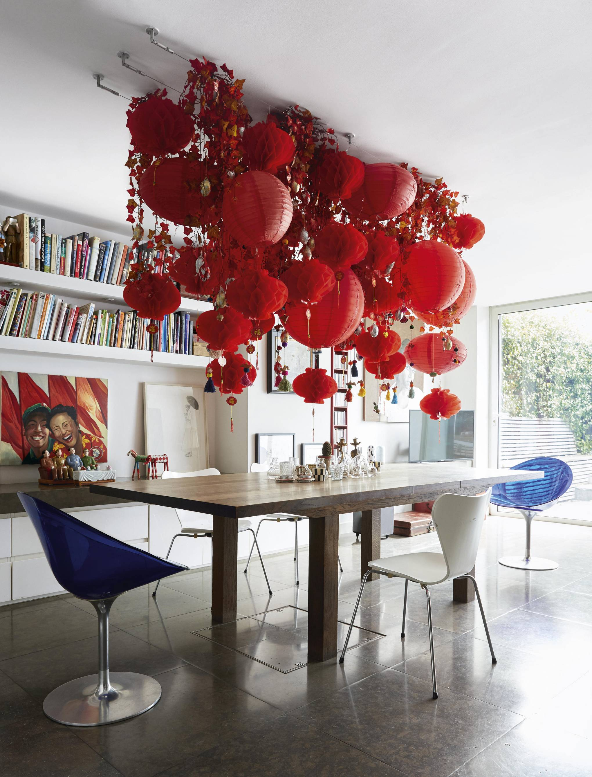 How to recreate this spectacular hanging installation from our September issue