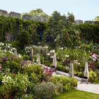 Create a Sloping Border