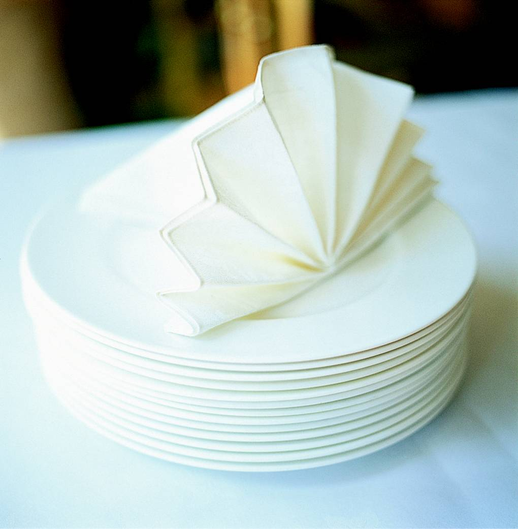 A three-step guide to napkin folding
