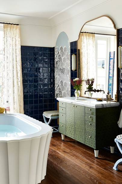Art Deco Bathroom with scalloped edge bath