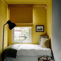 When Thinking About Her Own House Decorator Sarah Vanrenen Made The Most Of A Small Bedroom By Installing Niche Bed Behind Curtain In Room That Also