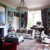 Traditional Drawing Room