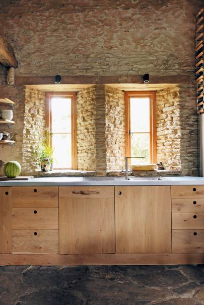 Kitchen Units - 18th Century Rustic Barn