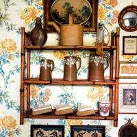 Country House - Floral Wallpaper
