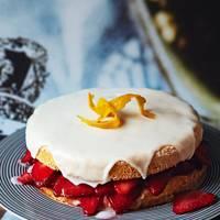 Iced-lemon strawberry cake