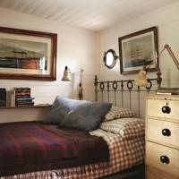 House boat bedroom