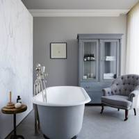 Free-Standing Tub in Joseph Joseph Home