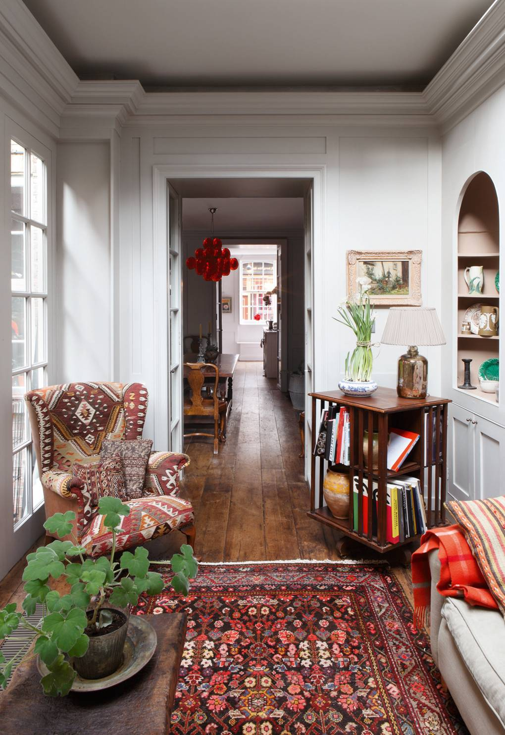 How to decorate with kilims and jajims