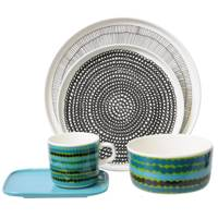 In Good Company Dinnerware