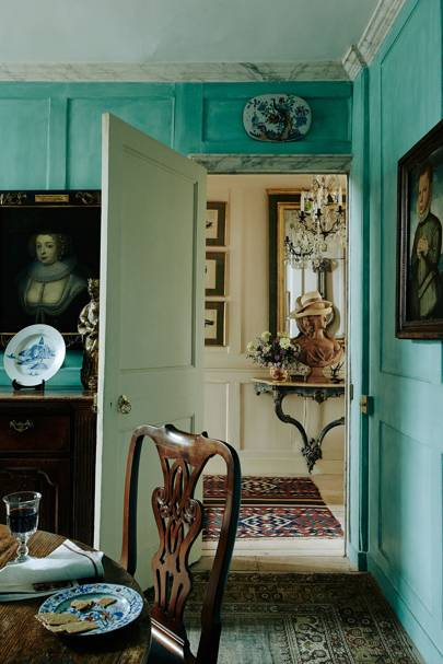 Turquoise Panelled Dining Room